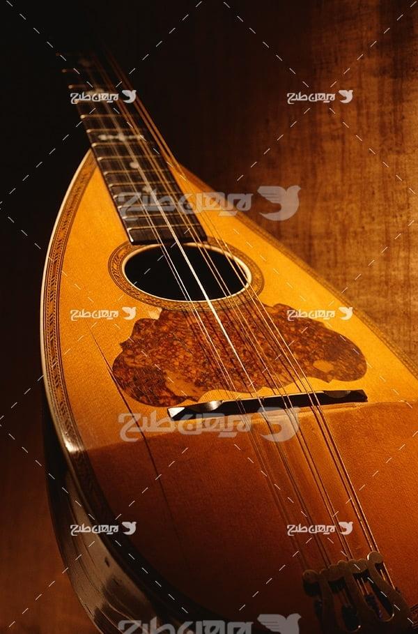 تصویر موسیقی عود