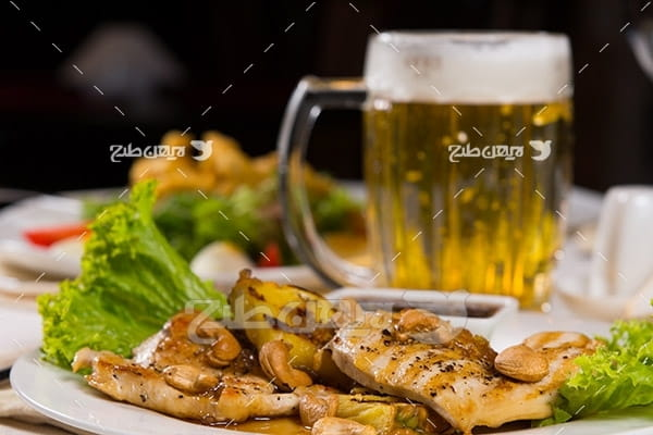 غذای گوشت ماهی و نوشیدنی