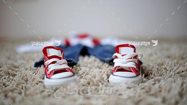 عکس کفش و موکت