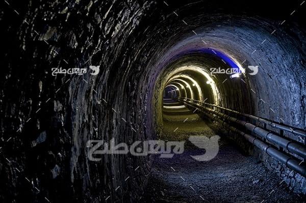 تصویر تونل زیر زمینی