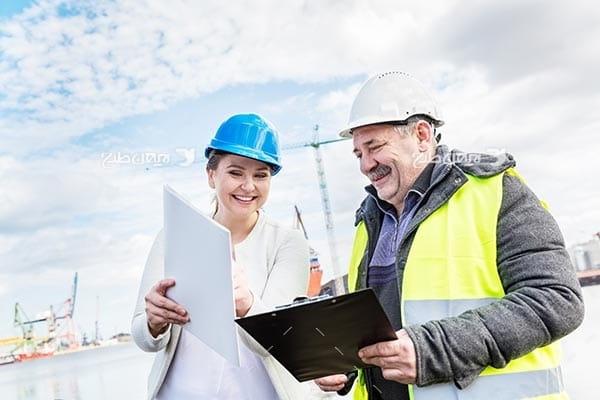 تصویر صنعتی گمرک، مهندسین صنعتی و کلاه ایمنی