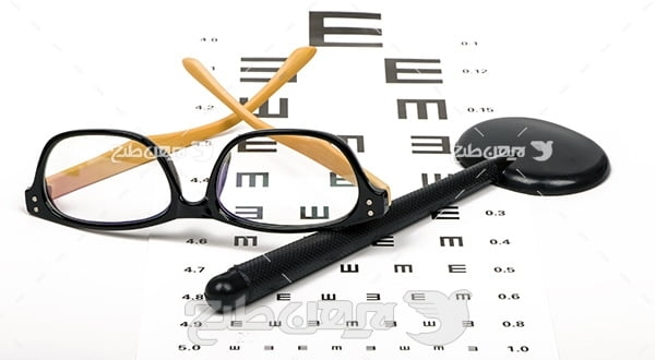 عکس اسنلن چارت بینایی و عینک