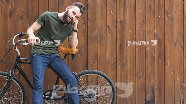 عکس دوچرخه و انسان