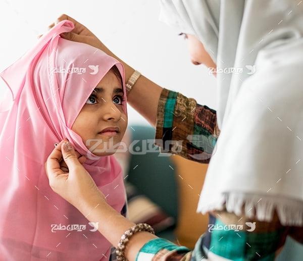 عکس مادر دختر با حجاب