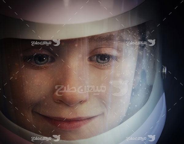 عکس کودک فضانورد