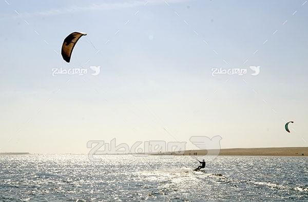 عکس ورزشی موج سواری