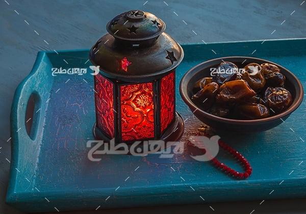 عکس فانوس ماه رمضان و تسیح و خرما