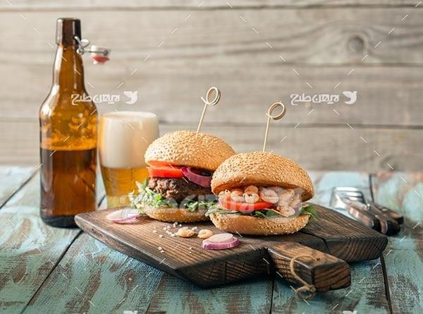 ساندویچ میگو و همبرگر