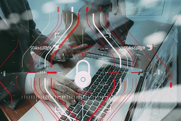تصویر قفل و امنیت در فضای اینترنت و لپ تاپ