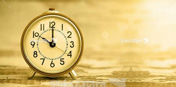بک گراند ساعت رومیزی