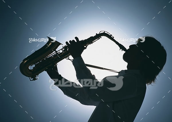تصویر نوازنده ساز ساکسیفون