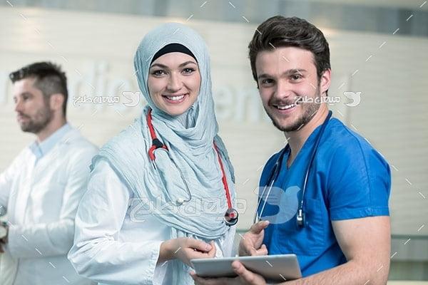 عکس تبلیغاتی پزشک آقا و خانم