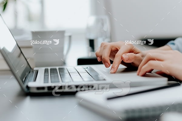 تایپ کردن با لپ تاپ