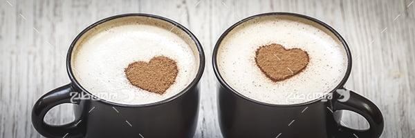 عکس دو فنجان نسکافه با تزئین قلب