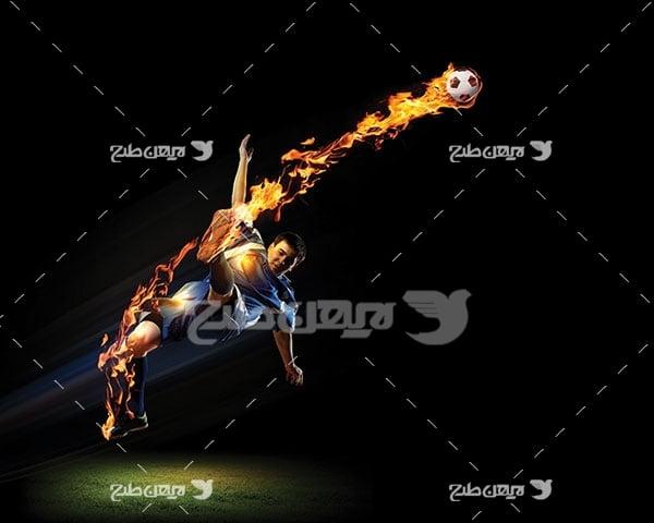 عکس ورزشی شوت کردن توپ