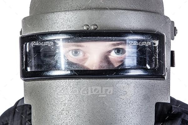 عکس کلاه محافظ پلیس