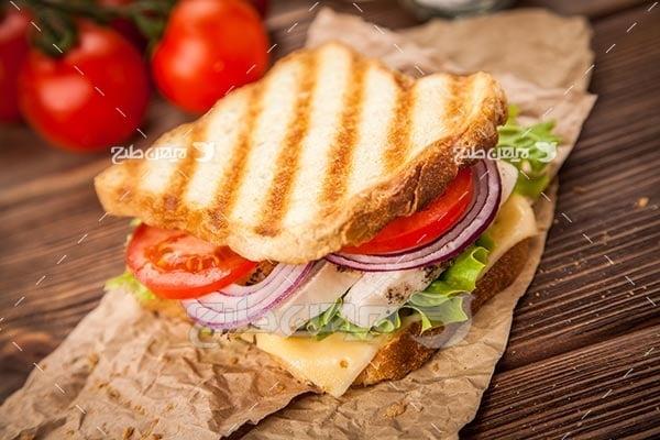 تصویر با کیفیت از ساندویچ با نان تست