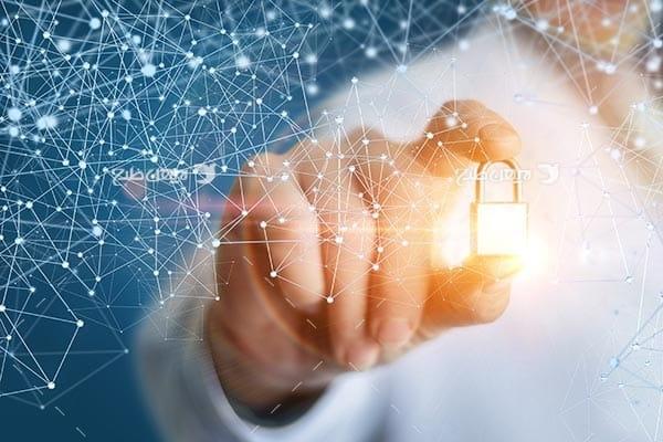 تصویر از قفل و امنیت در فضای سایبری