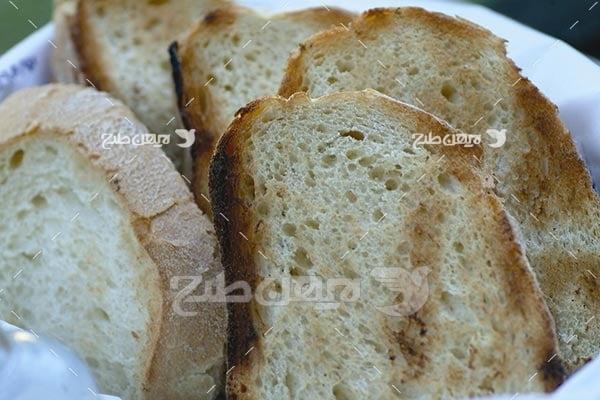 تصویر با کیفیت از نان سوخاری