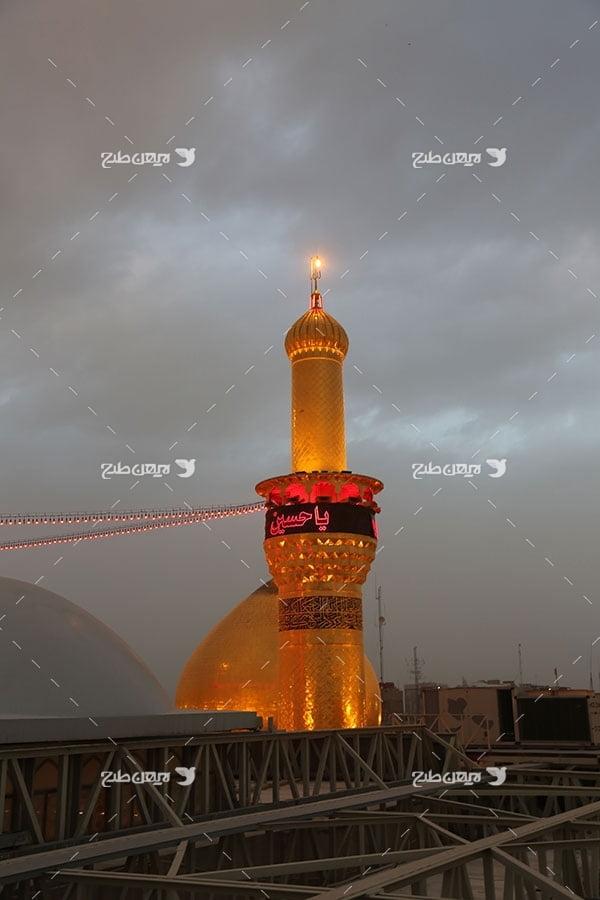 تصویر با کیفیت از حرم،گنبد و ضریح امام حسین علیه السلام در شب