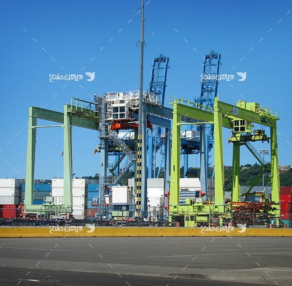 تصویر صنعتی از گمرک،حمل و نقل،کانتینر،لیفتراک،کشتی