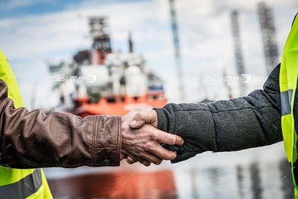 تصویر صنعتی گمرک، کشیتی ، مهندسین صنعتی و دست