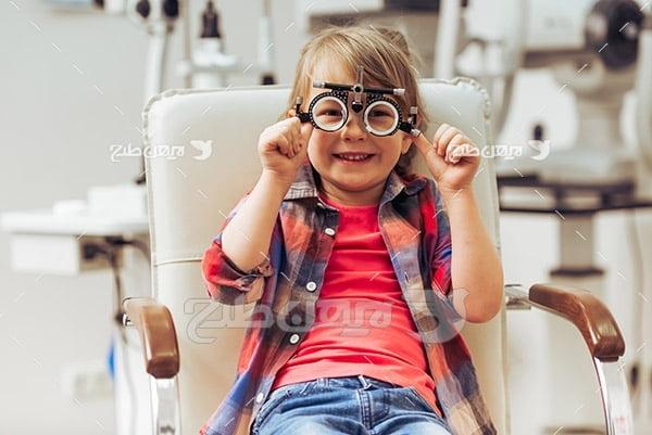 عکس بینایی سنجی کودک