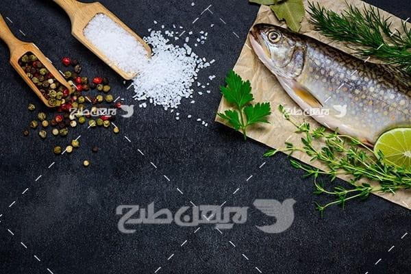 عکس ماهی تزئین شده و لیمو
