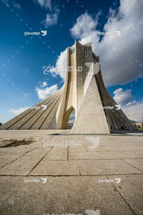 عکس برج آزادی تهران