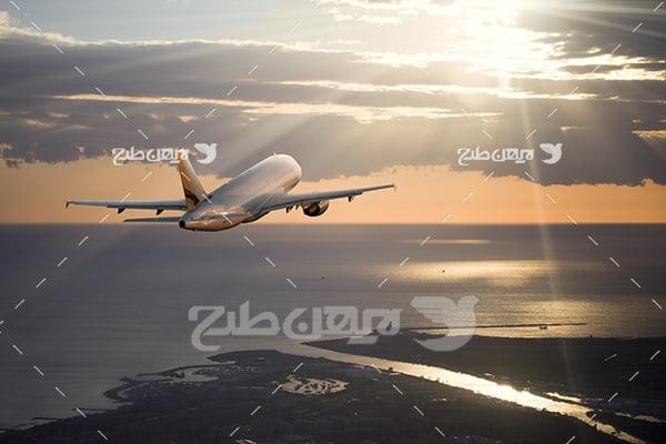عکس هواپیما در آسمان